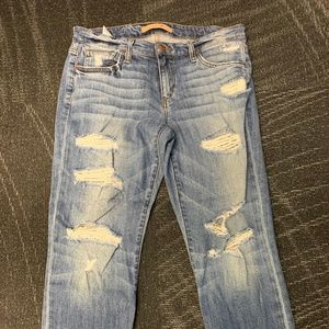 Joes Distressed Jeans size 27